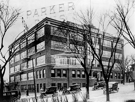 Parker Pen Company, East Court Street, Janesville, ca 1920