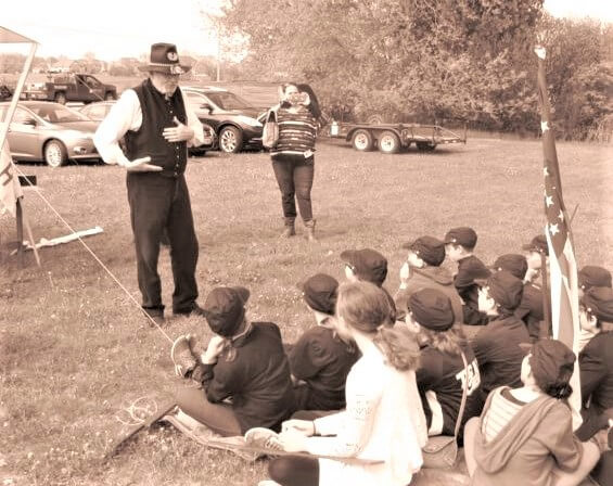 Jim Dumke Teaching Students about the Civil War
